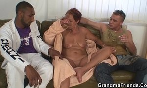 Granny gets nailed from both sides xVideos