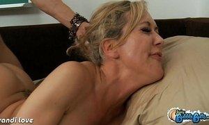 Big assed Brandi Love ride cock xVideos
