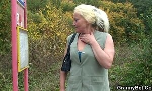 Granny slut is picked up and fucked xVideos