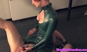 Mistress tramples pathetic sub xVideos