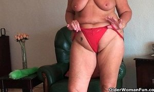 Chubby granny with saggy big tits and plump ass spreads pussy xVideos