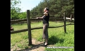Tall Mature Lady Gets Banged By A Farm Boy xVideos