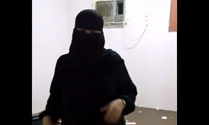 Big Ass Indian Pakistani MILF Blowjob Doggy Style Sex - xxxmilf.pro xVideos