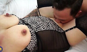 Sex bombs MILFs suck and fuck young cocks