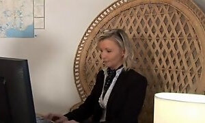 Mother Id like to fuck blond secretary enjoys hawt anal pounding