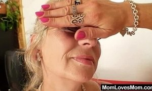 Well-endowed grandma penetrates a milf xVideos