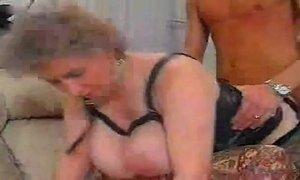 German Big Titten Granny xVideos