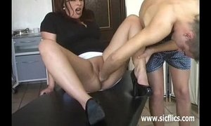 Extreme slut fisted and pissed in her huge cunt xVideos
