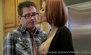 Veronica avluv gets fucked by her stepson xVideos