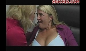 mommy and her lesbian friend xVideos