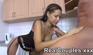 Pretty real couple give oral to each other xVideos