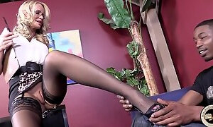 Horny GILF Interracial hardcore Porn Clip