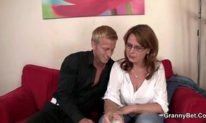 Busty mature bitch is picked up and fucked xVideos