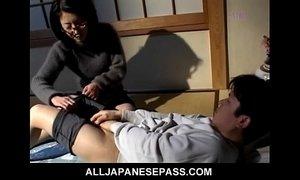 Makiko Miyashita beats her boyfriend xVideos