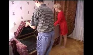 Russian mature mom and a friend of her son! Amateur! - xxxmilf.pro xVideos
