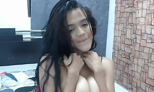Naughty Huge Boobs Milf Gets Her Tight Pink Pussy Wet