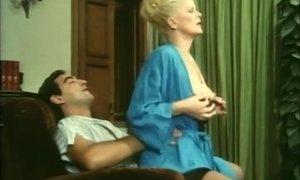 Vizio Nel Ventre (1987) AnalDin