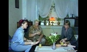 Hardcore groupsex with grannies xVideos
