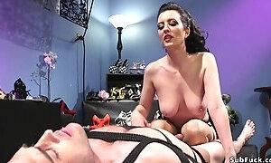 Hot babe anal fucks foot sniffer pervert