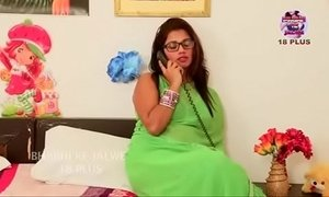 Desi bhabi aunty romantic fuck with boyfriend xVideos